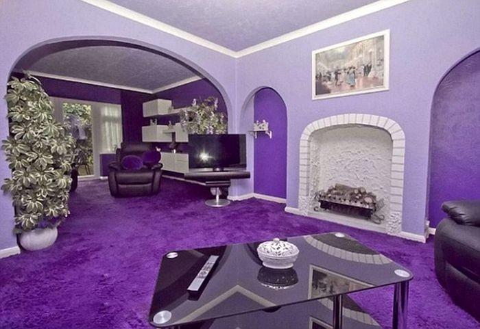 neobyichnogo-fioletovogo-doma
