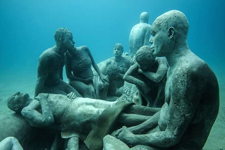 jason-decaires-taylor-sculptures-underwater