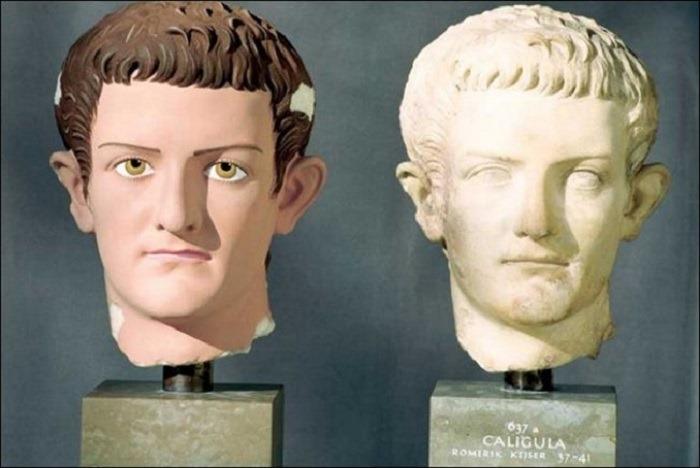raznotsvetnaya-antichnost-drevnegrecheskie-skulpturyi