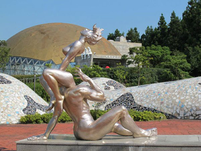 Самые известные откровенные и эротичные скульптуры мира