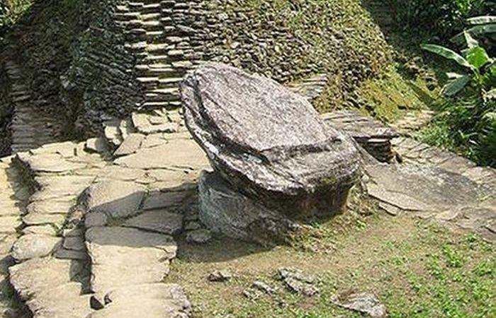 Каменные платформы Сьюдад-Пердида.