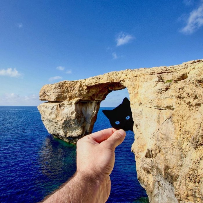 Западная часть острова Гоцо на Мальте - Лазурное окно и черный кот