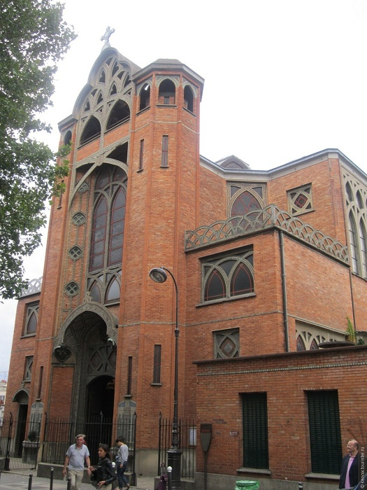 Церковь St. Jean des Abbesses