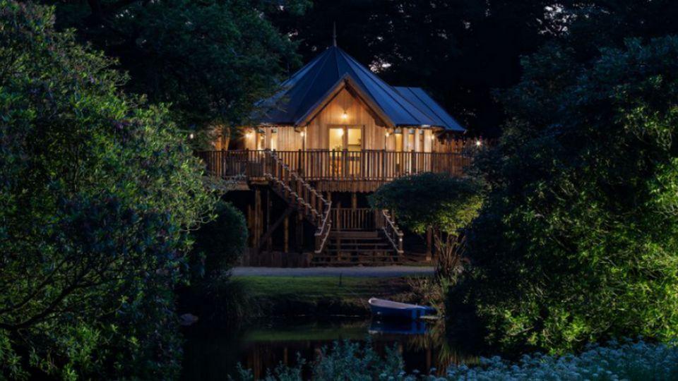 The Treehouse, Великобритания