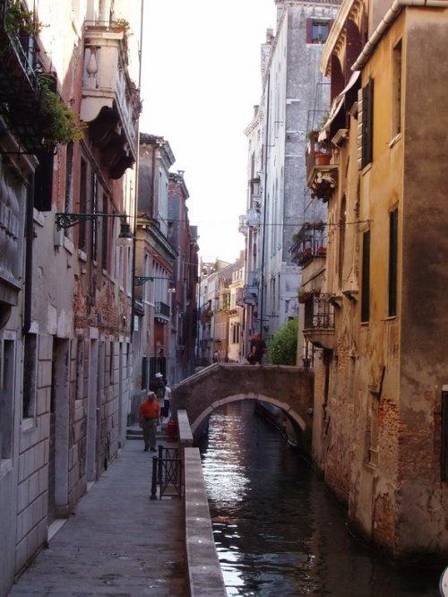 Улица венецианского канала (Venice Canal), Италия