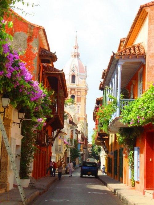 Улица в городе Картахена (Cartagena), Колумбия