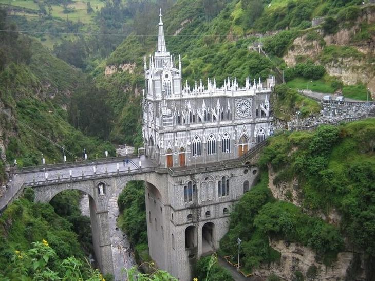 Церковь Лас-Лахас, Пасто, Колумбия