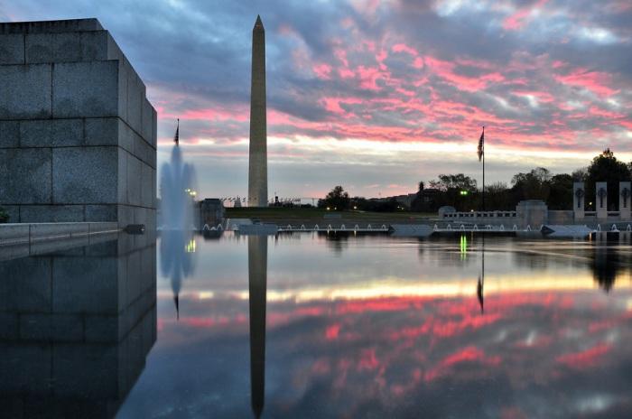 Вашингтонский монумент поражает своим величием.