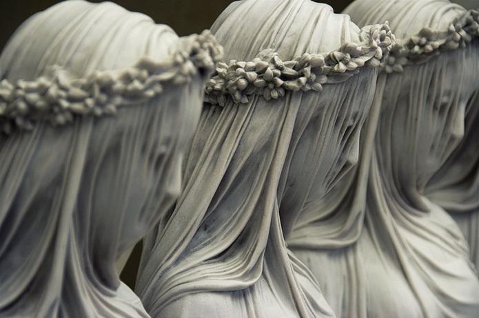«Мраморная вуаль». Итальянский скульптор – Рафаэль Монти