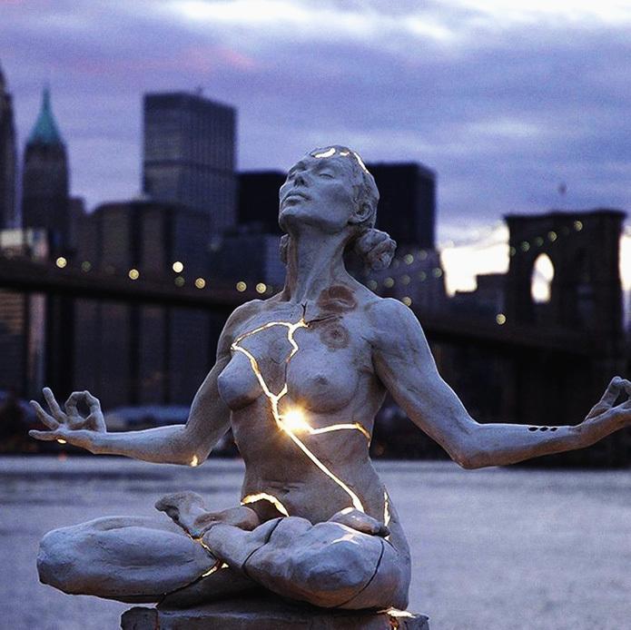 Скульптура Пэйдж Брэдли «Расширение»