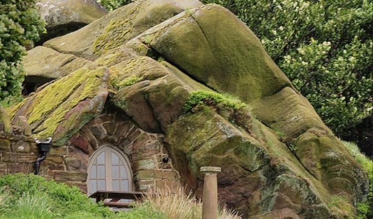Пещера Rock Hall Англия