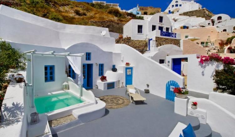 Santorini Cave Houses Греция