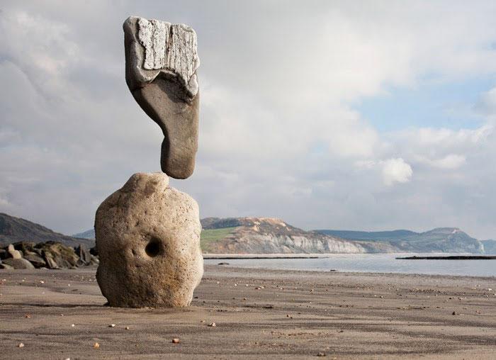 «Балансирующий камень», Адриан Грей, Великобритания