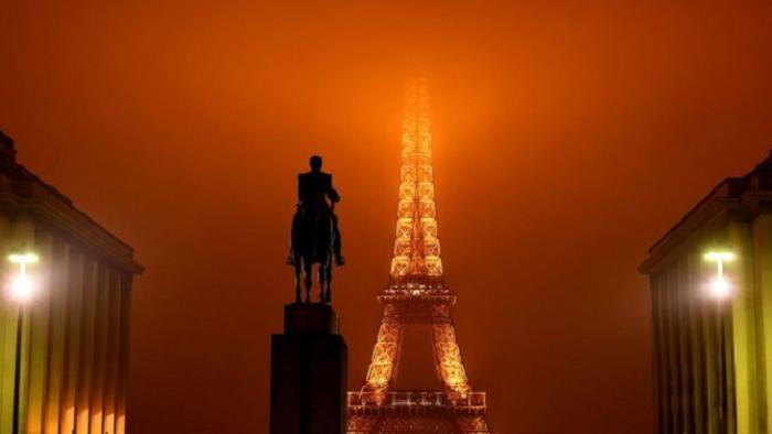Железная леди в туманной мантии, Париж