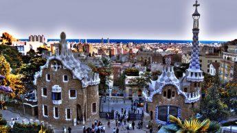 Пряничные домики Антонио Гауди, Барселона, Испания. / Фото: www.flickr.com