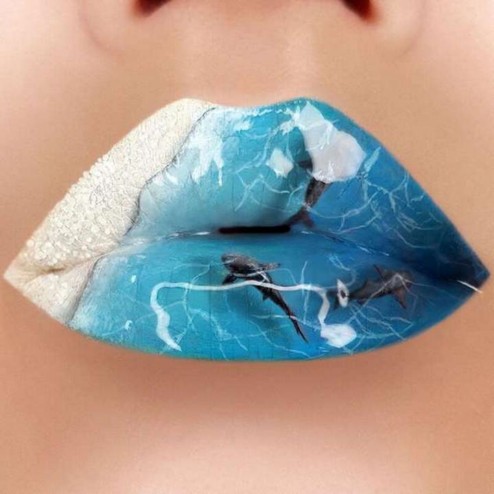 Визажист превращает губы в произведения искусства1874