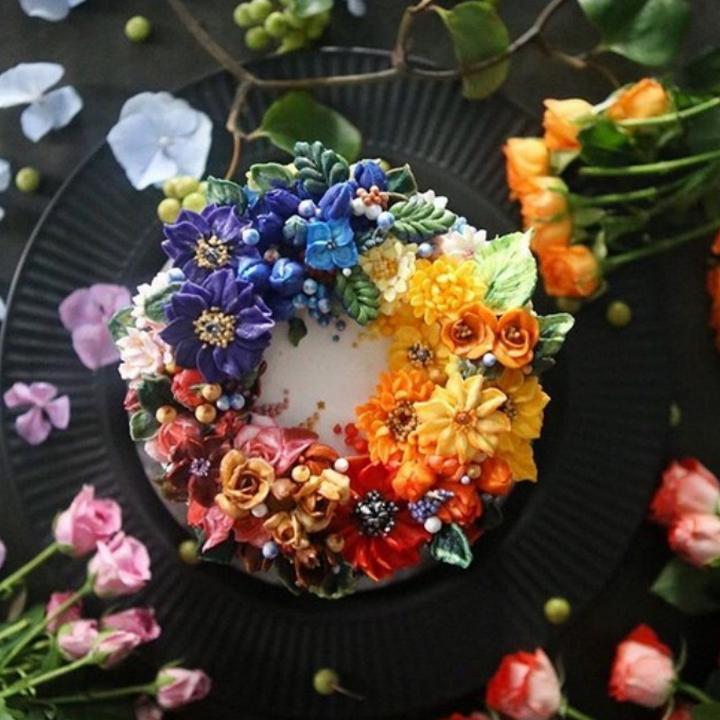 Цветочные композиции из масляного крема 02