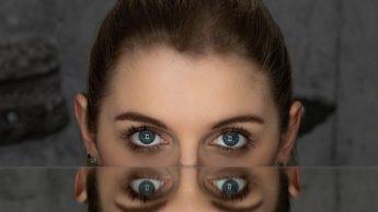 6 идей, как снимать оригинальные фотографии при помощи зеркала 3