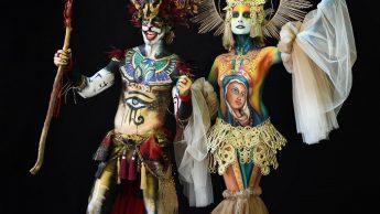 Некоторые из образов, представленных на фестивале, были настолько сложными, что требовали дополнения в виде объемных костюмов.