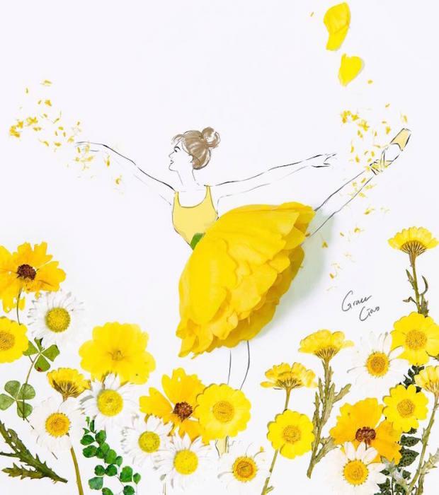 Основным элементом платья стали цветочные лепестки.