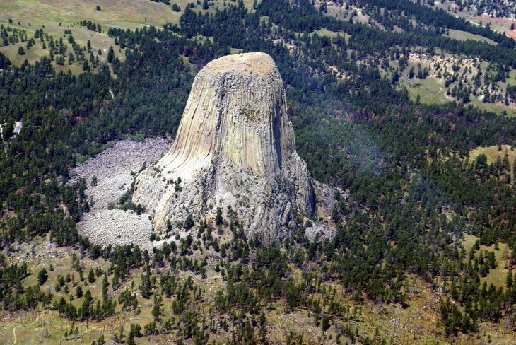 Башня Дьявола, США - Места на планете, овеянные мистикой и легендами