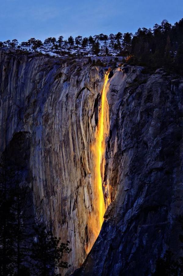 Огненный водопад. Водопад Хорстейл, Калифорния, США